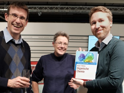 Welcome our NEW version of the classic Beyer/Walter – Organische Chemie
